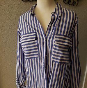 Express button up blouse.